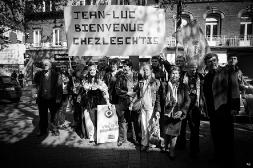 Conférence de presse à Hénin-Beaumont dans le Pas-de-Calais