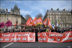 Manifestation contre l'accord