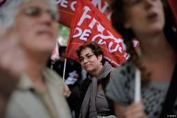 Rassemblement unitaire de soutien au peuple grec devant l'ambassade de Grèce à Paris