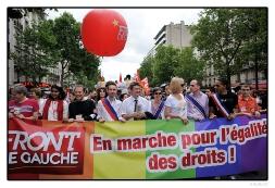 Marche des fiertés : pour l'égalité, en 2011 je marche, en 2012 je vote !
