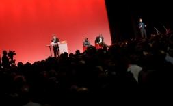 10000 personnes au meeting de Villeurbanne dans le Rhône