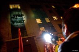 Manifestation devant Standard & Poor's à Paris