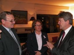 Avec  Ricardo Ehrlich, ministre de l'Education et de la culture et  Monica Xavier, Sénatrice et Présidente du Frente Amplio.