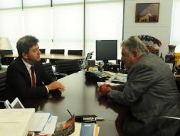 Discussion avec José Mujica, Président de la République Orientale de l'Uruguay.